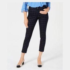 New Charter Club Skinny Jeans w/ Slimming Waist
